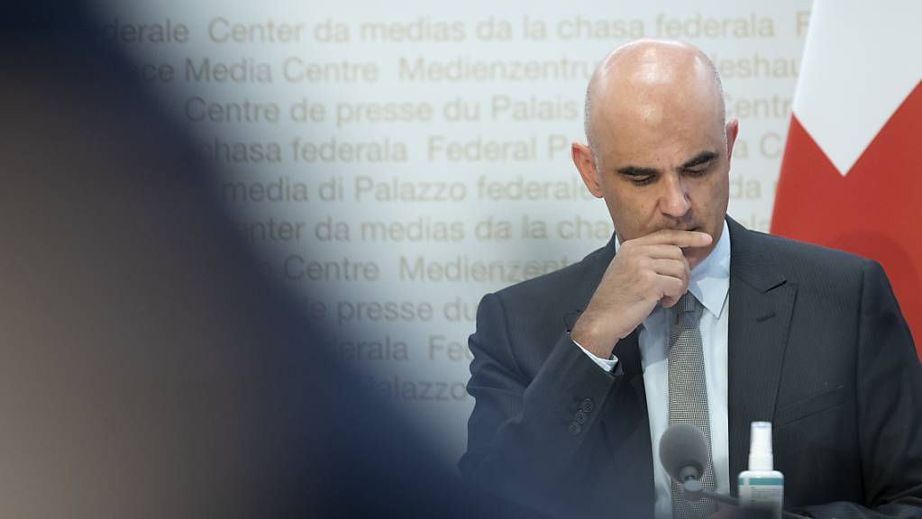 Die Antworten der Kantone dürften Bundesrat Alain Berset zum Nachdenken gebracht haben.