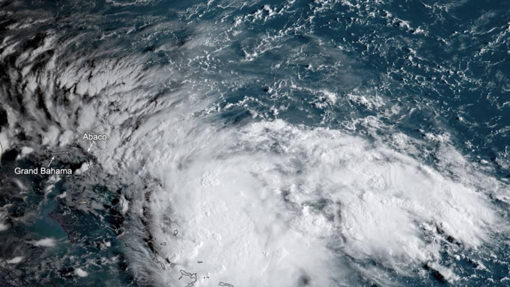 «Humberto» zu Hurrikan hochgestuft