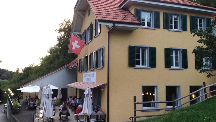 Das Restaurant Tiefmatt liegt auf Oberbuchsiter Boden, direkt an der Grenze zu Holderbank.