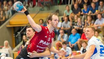 Co-Captain Tim Aufdenblatten führte den HSC Suhr Aarau in Basel mit elf Treffern zum Sieg.