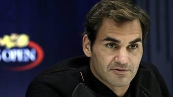 Roger Federer übt Kritik am Schiedsrichter.