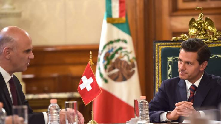 Der Schweizer Innenminister Alain Berset trifft den mexikanischen Präsidenten Enrique Peña Nieto in Mexiko-Stadt.
