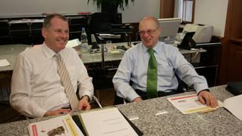Stephan Attiger (l.) und Walter Benz sehen den Zusammenschluss von Neuenhof und Baden als wichtigen Schritt für die Region.-rr-