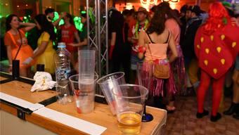 Viele Veranstaltungen wie etwa die Fasnacht müssen allenfalls Mehrweg-Geschirr verwenden.