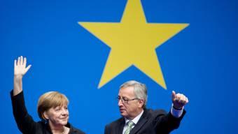 Wichtige Unterstützerin: Angela Merkel mit Juncker (Archiv)