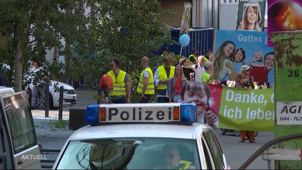 """Gewalt am """"Marsch fürs Läbe"""" in Zürich"""