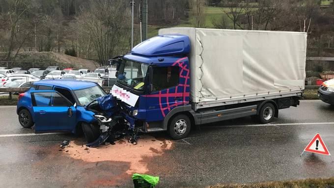 Frontalkollision in Duggingen.