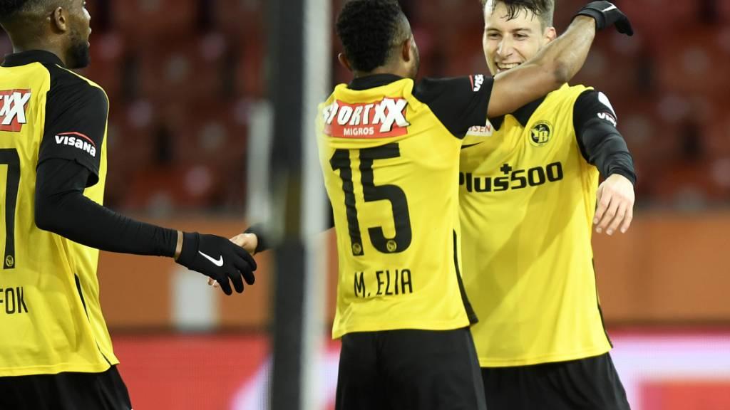 Elia und Torschütze Lauper jubeln: YB ist der Konkurrenz noch ein bisschen weiter entrückt