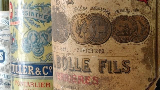 Alte Absinthflaschen