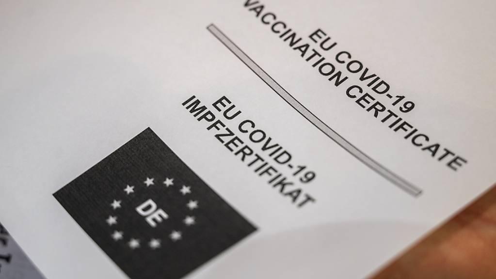 Nach Angaben von EU-Kommissionspräsidentin Ursula von der Leyen vom Dienstag sind mittlerweile 70 Prozent der Erwachsenen vollständig geimpft.