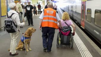 Sehbehinderte Menschen fühlen sich von der SBB im Stich gelassen.