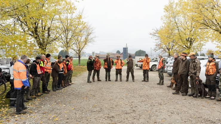 Die Jagdgesellschaft Schenkenberg traf sich zu ihrer ersten Gesellschaftsjagd im Jahr.