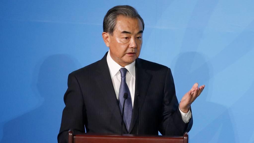 Der chinesische Aussenminister Wang Yi hat am Donnerstag in New York die Reaktionen der USA im Handelsstreit als positive Signale gewürdigt.