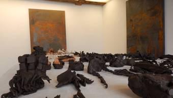 Beeindruckende Keramik-Objekte in der Freitagsgalerie.