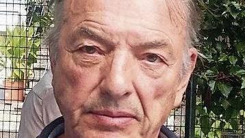 Der 76-jährige Dichter Jürgen Theobaldy.
