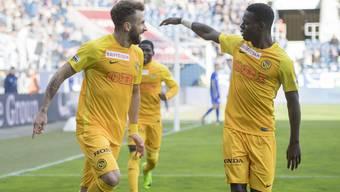 Ein gewohntes Bild: jubelnde YB-Spieler – wie hier Sulejmani (l.) und Lotomba nach dem 1:0 in Luzern.