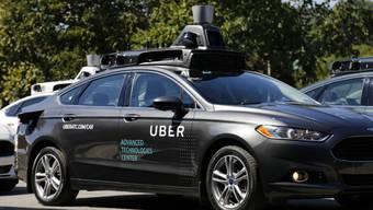 Ein fahrerloses Uber-Auto – ausgestattet mit Lasertechnik, Sensoren und Kameras.