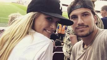 Der Eishockey-Star Roman Josi und das US-Model Ellie Ottaway wollen nächsten Sommer heiraten. (Instagram)
