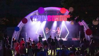 Kleines Festival mit Ambiente: Das Open-Air-Festival Badi Sounds im Schwimmbad Eichholz.