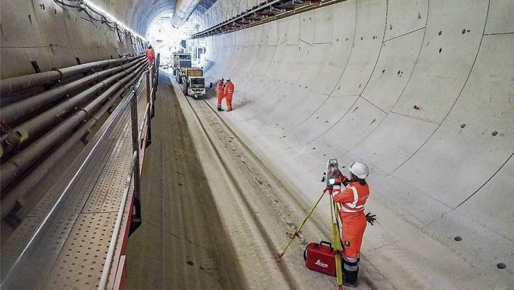 Eine Blüte des internationalen Beschaffungsrechts: Der Schweizer Baukonzern Implenia baut einen Tunnel in Frankreich. Peter Hummel