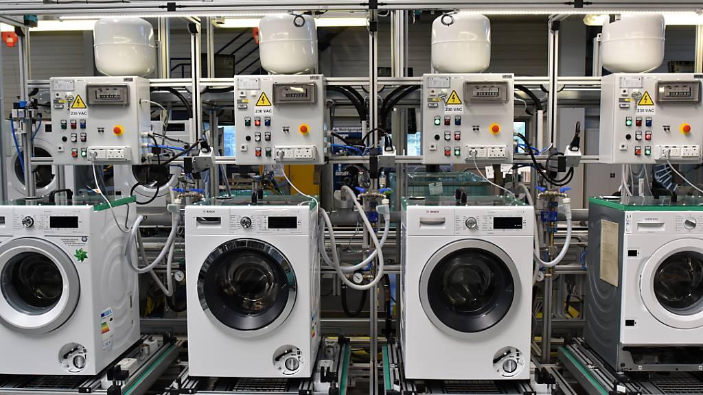 Geschäftsklima im Euro-Raum hellt sich überraschend auf