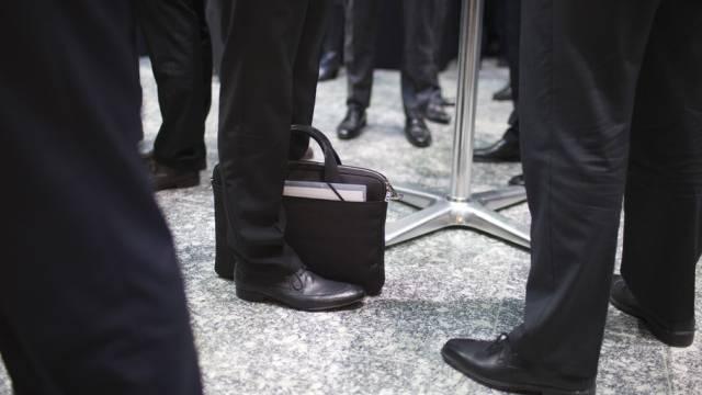 Das Mandatsverbot für ehemalige Bundesräte ist umstritten (Archiv)