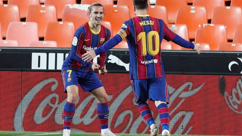 Lionel Messi und Antoine Griezmann führen den FC Barcelona in Valencia mit drei Toren zum Sieg