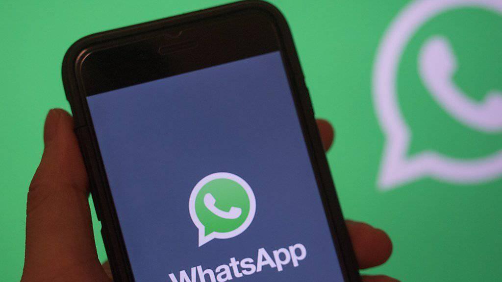 Einige Neujahrsgrüsse dürften sich am Silvesterabend verzögert haben: Der Messenger-Dienst WhatsApp funktionierte zeitweise nicht.