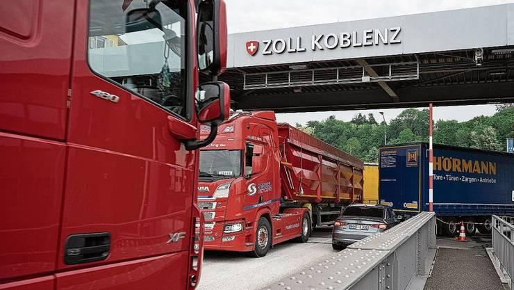 Die Zollbrücke zwischen Koblenz und Waldshut ist nächstes Wochenende nicht befahrbar.