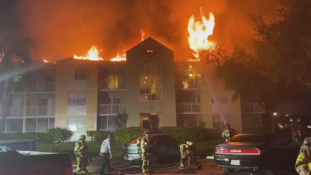 Florida: 24 Wohnungen in Wohnhaus brennen aus