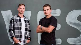 Eishockeyaner Timo Meier (r.) und Fussballer François Affolter wurden in San Jose zu Freunden.