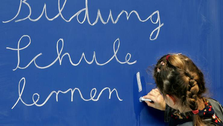 Zürcher Quereinsteiger werden an Aargau Schulen besser entlöhnt (Symbolbild)