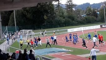Der Möhliner Klub NK Pajde verliert gegen den SC Zofingen das Spitzenspiel der 2. Liga inter – und danach die Nerven: Es hagelt insgesamt sechs Platzverweise. Nun drohen den Spielern und dem Klub Strafen vom Verband.