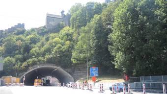 Noch bis Freitag, 18.30 Uhr ist der Schlossbergtunnel einspurig befahrbar. Dann wird er für das Wochenende komplett gesperrt.