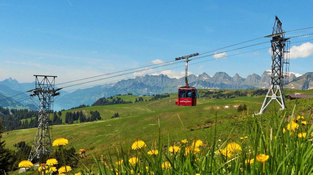 Die Ragnatscherbahn bringt die Wanderer auf die Hochebene Palfries. (Bild: zVg)