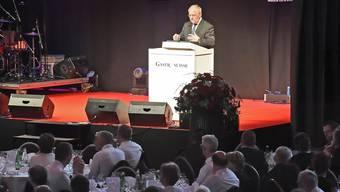 Bundespräsident Johann Schneider-Ammann verteilte zum 125. Geburtstag von Gastro Suisse keine konkreten Geschenke in der Stadthalle.