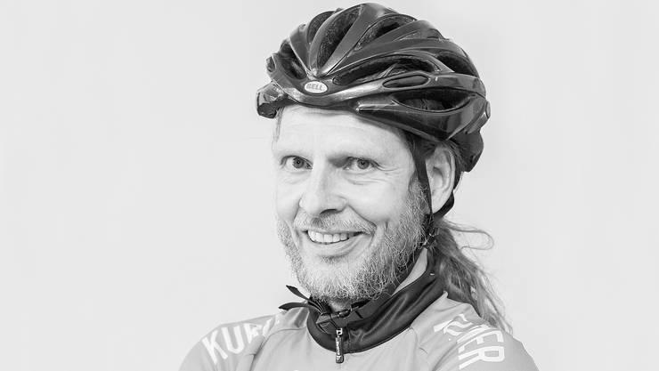 Armin Biehler ist seit neun Jahren Velokurier in Basel und hat mit der Indexnummer A#115 bereits 100 000 Kilometer zurückgelegt.
