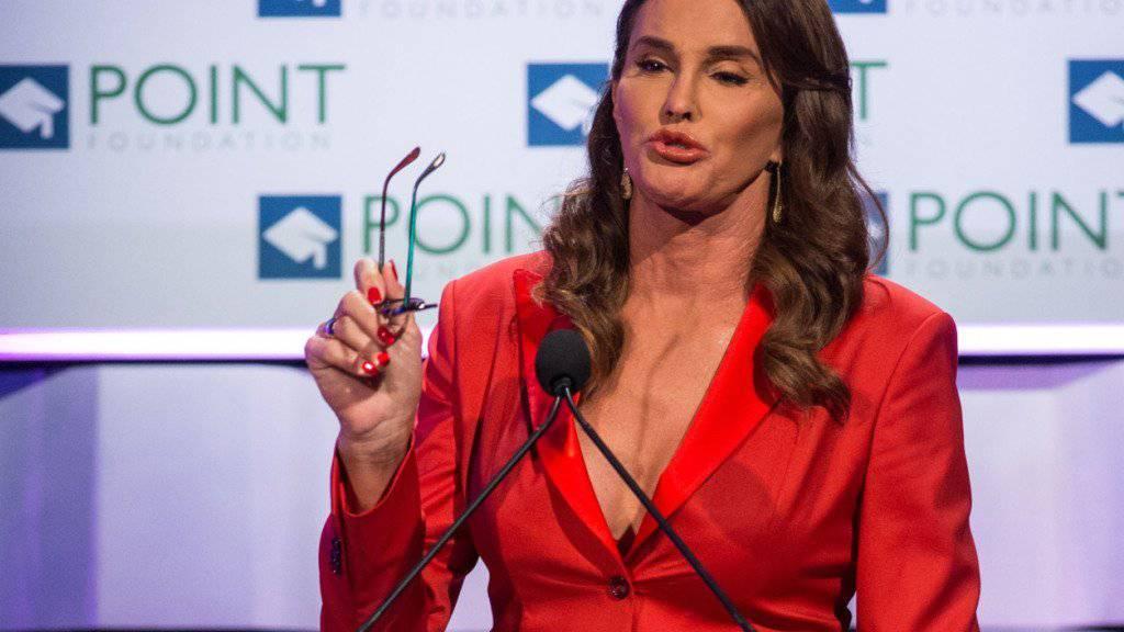 Caitlyn - ehemals Bruce - Jenner findet es total daneben, dass die Medien über ihre Transsexualität spekuliert haben bevor sie mit Frau und Kindern darüber reden konnte (Archiv).