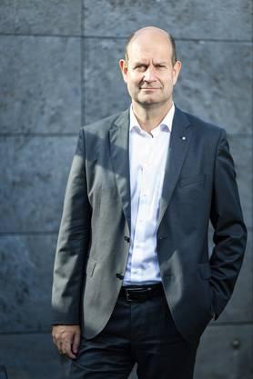 Dieter Widmer, neuer Direktionspräsident der Aargauischen Kantonalbank: «Mir ist es vögeliwohl, wenn es nach mir geht, bleibe ich der Bank lange erhalten.»