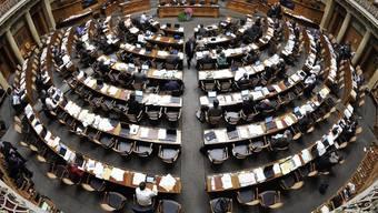 Nur noch sechs der 200 Stühle im Nationalratssaal sind für Solothurner/-innen reserviert – aber 147 Personen bewerben sich um einen davon.