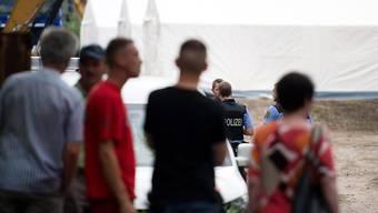 Platz für über tausend Flüchtlinge: Die Notunterkünfte in Zelten sorgen in Dresden für Ausschreitungen.