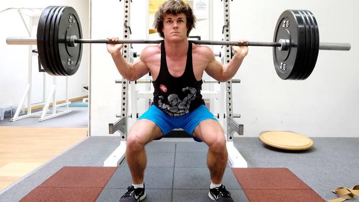 Matthias Nachbur trainiert im Galaxys Fitnesscenter in Liestal.