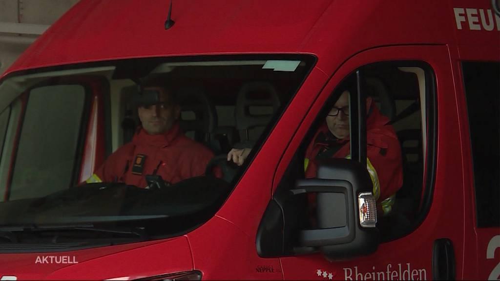 Überholmanöver von zwei Feuerwehrmännern führt zu Unfall