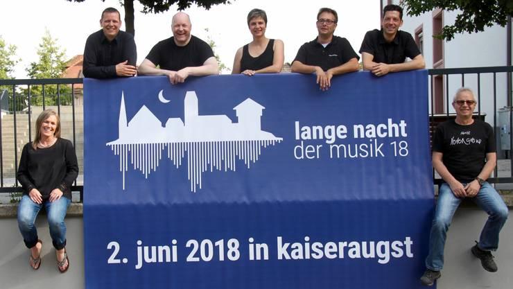Das Organisationskomitee stellt das Programm für die «Lange Nacht der Musik», die in einem Jahr erstmals stattfindet, zusammen.