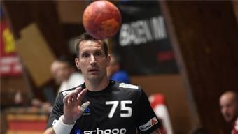 Manchmal greift STV-Baden-Trainer Björn Navarin selber noch ins Spielgeschehen ein.