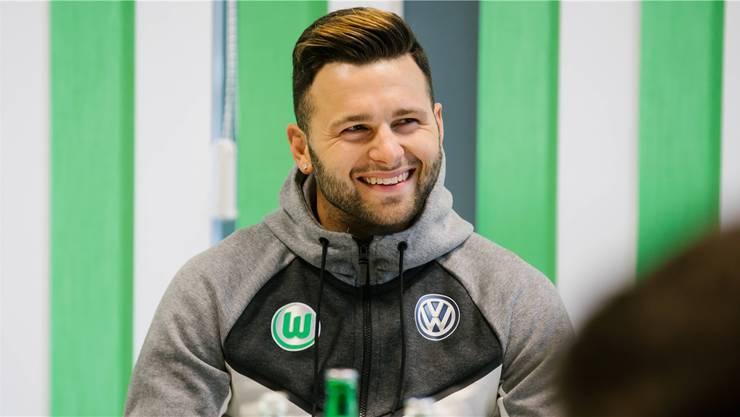 Renato Steffen kämpft mit Wolfsburg gegen den Abstieg.