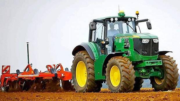 Ein erstes Modell des E-Traktors des Herstellers John Deere.