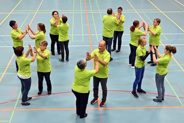 Tanzprobe der Trachtengruppe Neuendorf und der Jugendtanzgruppe