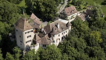 Das Schloss Wildenstein gehört zu den schönsten Sehenswürdigkeiten des Fünflibertals.