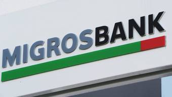 Der Räuber überfiel eine Migros Bank an der Badenerstrasse.